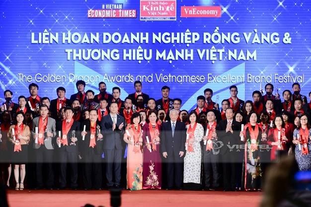 Bên cạnh Viettel trong Top này còn có những cái tên rất quen thuộc như: Tập đoàn VinGroup; Ngân hàng TMCP Công Thương Việt Nam; Samsung; Lotte;...