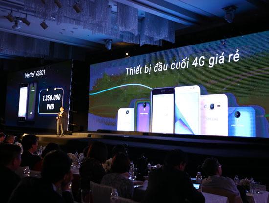 Viettel quyết định tung ra 2 dòng smartphone giá rẻ là Viettel V8801 có giá là 1.350.000 đồng và Samsung J2 giá trên 2.000.000 đồng.