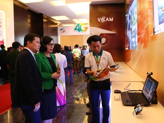 Viettel giới thiệu dịch vụ đào tạo từ xa qua mạng 4G.