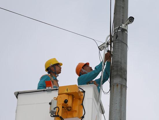 Viettel triển khai hệ thống camera phục vụ cho các đơn vị chức năng của Phú Thọ giám sát tình hình hoạt động trong lễ hội đề Hùng