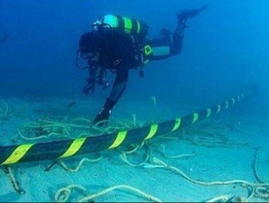 Tuyến cáp quang biển AAG đang bị đứt. Ảnh minh họa: Internet
